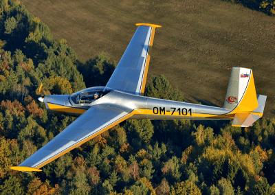 motorový větroň L-13 SE Vivat