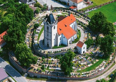 kostel v Budišově