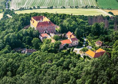 Zámek Sádek, Čáslavice